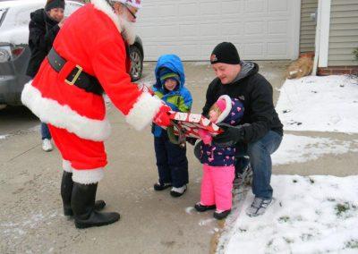 Santa Delivery 2013 016