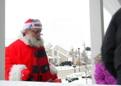 Santa Delivery 2013 034