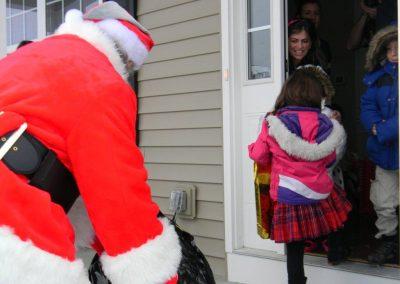 Santa Delivery 2013 039