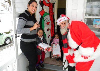 Santa Delivery 2013 059