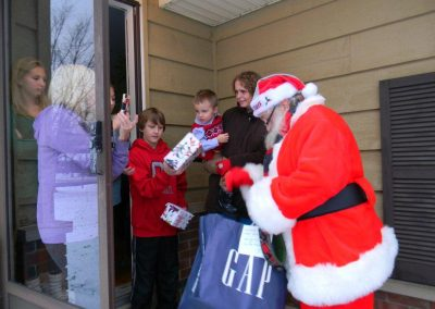 Santa Delivery 2013 078